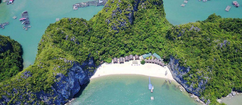 Castaways island